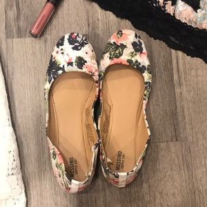 Floral Mossimo Flats